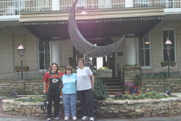 Lora, Kerri and Shelly at the 1886 Crescent Hotel